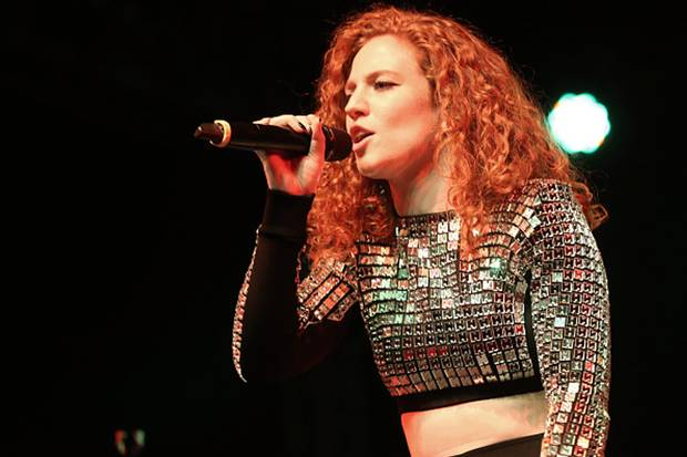 Jess Glynne Goes In 'Light' In First Performance Since Vocal Surgery