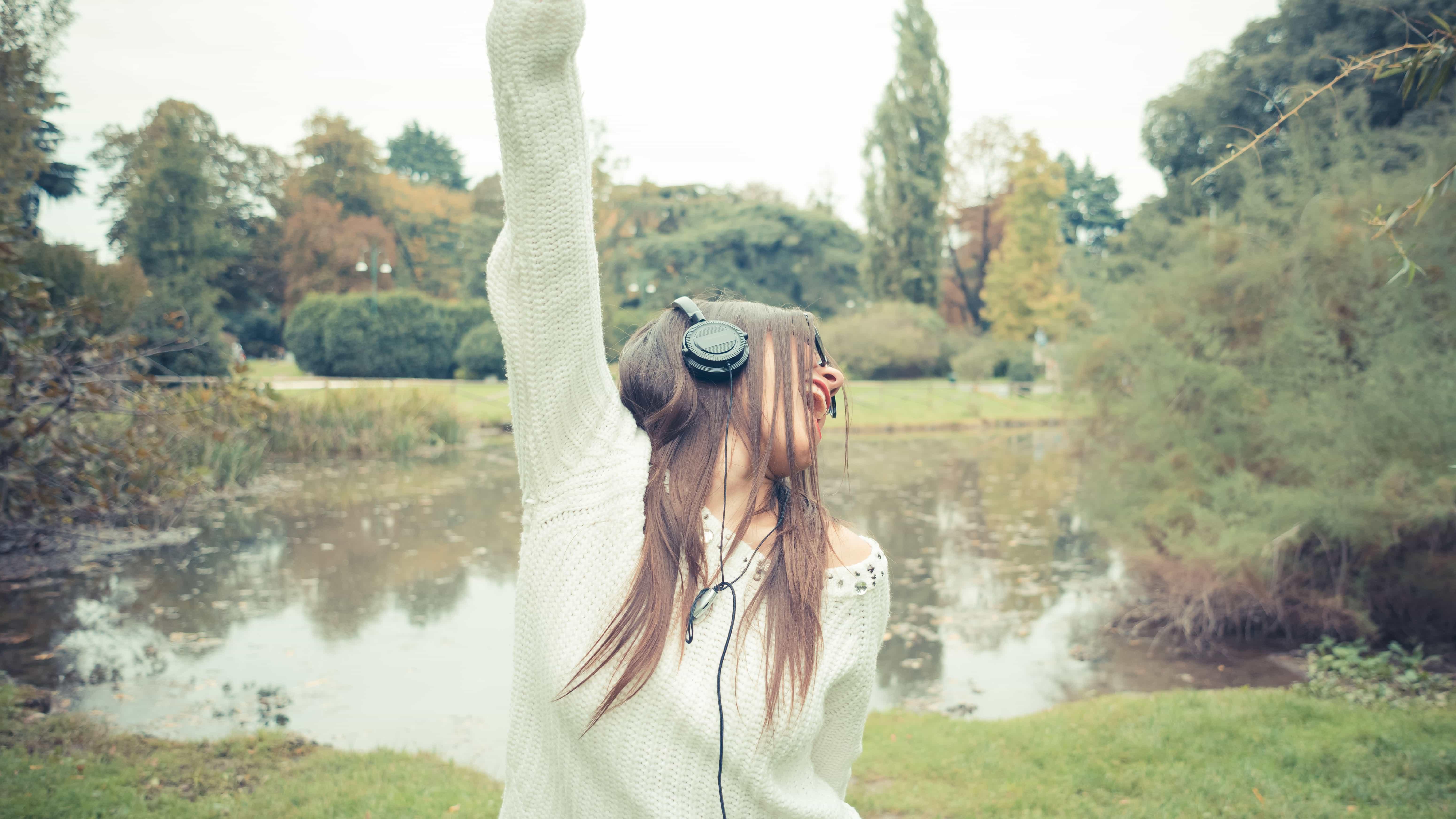 4 Brilliant Ways To Unlock Your Voice's True Potential